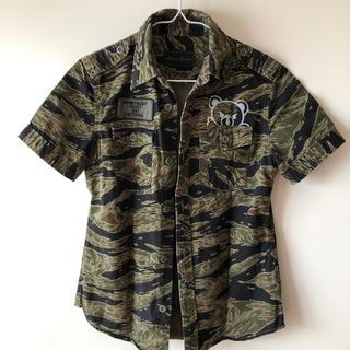 ヒステリックグラマー(HYSTERIC GLAMOUR)のベア ミリタリーシャツ(シャツ/ブラウス(半袖/袖なし))