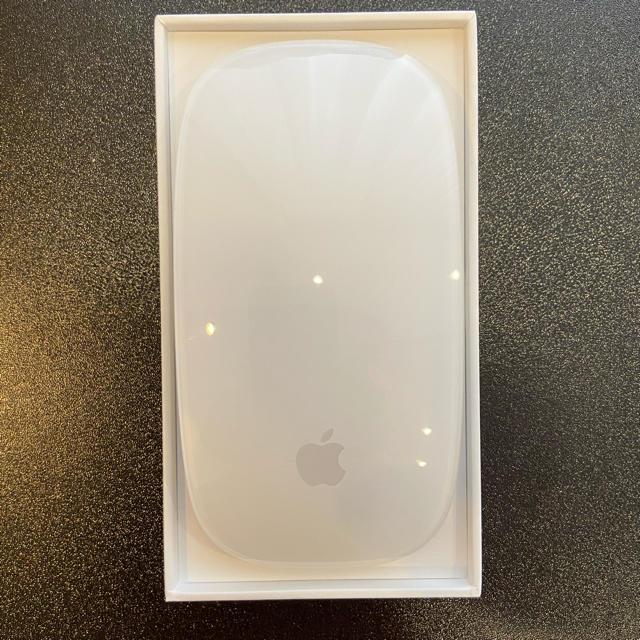 Apple(アップル)のマジックマウス2 スマホ/家電/カメラのPC/タブレット(PC周辺機器)の商品写真