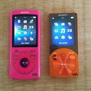 ウォークマン(WALKMAN)のSONYウォークマン16GBと8GBのセット(ポータブルプレーヤー)