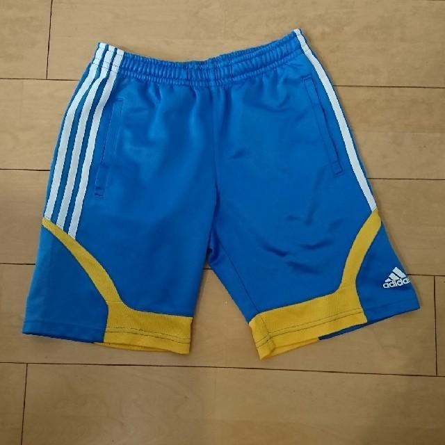 adidas(アディダス)の値下げ☆adidas スポーツウェア キッズ150 ショートパンツ スポーツ/アウトドアのサッカー/フットサル(ウェア)の商品写真