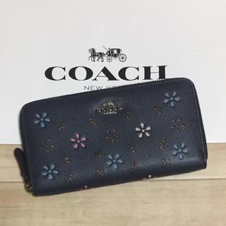 コーチ(COACH)の新品 [COACH コーチ] 長財布 パンチング  花柄(財布)