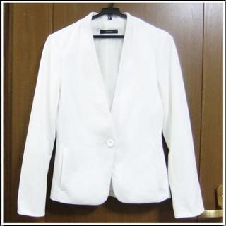 アンタイトル(UNTITLED)のANT 白 ホワイト ウォッシャブル 洗濯できる ポケット ジャケット 0801(ノーカラージャケット)
