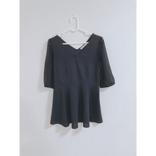 ダズリン(dazzlin)のdazzlin 袖シアー ペプラムトップス(Tシャツ(半袖/袖なし))