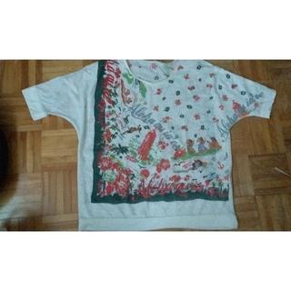 フェリシモ(FELISSIMO)のフェリシモ Tシャツ(Tシャツ(半袖/袖なし))