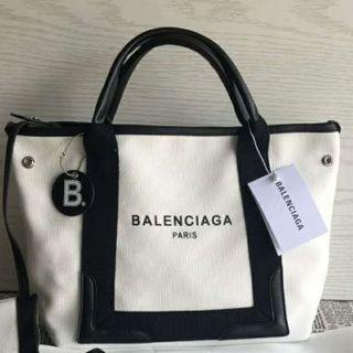 Balenciaga - 最低価格BALENCIAGA 白いトートバッグ