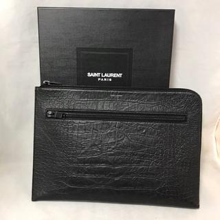 Saint Laurent - サンローランパリ クロコ調クラッチバッグ ブラック 440945 美品