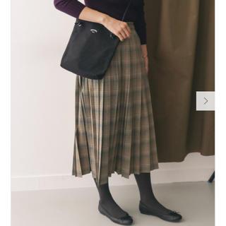 ドアーズ(DOORS / URBAN RESEARCH)のチェックプリーツスカート ブラウン(ロングスカート)