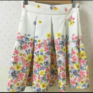 リズリサ(LIZ LISA)の花柄スカート (ミニスカート)