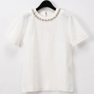 グレースコンチネンタル(GRACE CONTINENTAL)の【新品】GRACE CONTINENTAL♡パールチェーントップ✨ホワイト♡(Tシャツ(半袖/袖なし))