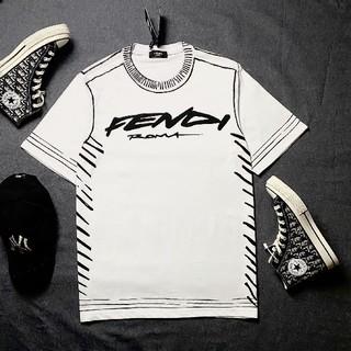 フェンディ(FENDI)の人気品!Fendiフェンデイ Tシャツ 男女兼用(Tシャツ/カットソー(半袖/袖なし))