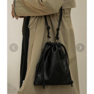 アメリヴィンテージ(Ameri VINTAGE)の2wayレザー調巾着バッグ 美品 nokcha Dholic IENA(ショルダーバッグ)