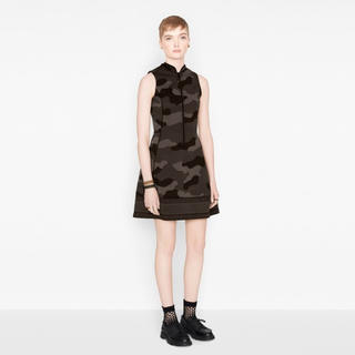 クリスチャンディオール(Christian Dior)のクリスチャンディオール   カモフラージュ ドレス ワンピース(ミニワンピース)
