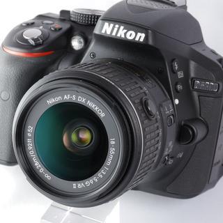 ニコン(Nikon)の★初心者にオススメ!スレギス少ない極上美品★ニコン D5300(デジタル一眼)