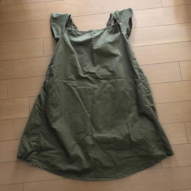 GU(ジーユー)のGU GIRLS 肩出しカーキワンピース 140 キッズ/ベビー/マタニティのキッズ服女の子用(90cm~)(ワンピース)の商品写真