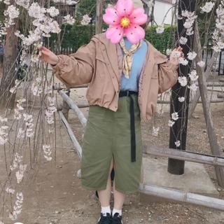 レトロガール(RETRO GIRL)のカーキ タイトスカート(ひざ丈スカート)