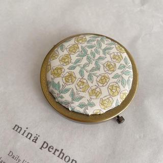 ミナペルホネン(mina perhonen)のコンパクトミラー 直径7センチ(ミラー)