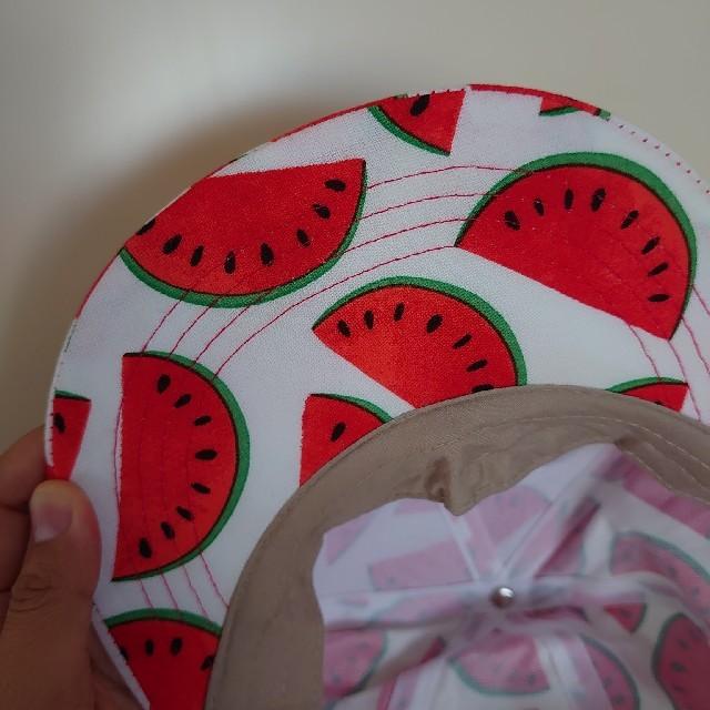 スイカ柄帽子とTシャツ大人用 レディースの帽子(キャップ)の商品写真