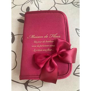 メゾンドフルール(Maison de FLEUR)のメゾンドフルール パスポートケース(旅行用品)
