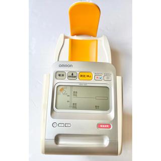 オムロン(OMRON)のOMRON オムロンデジタル自動血圧計 HEM-1020(ボディケア/エステ)