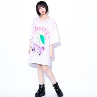 ミルクボーイ(MILKBOY)のTRAVAS TOKYO Cherry bear BIG Tee 新品未開封 (Tシャツ/カットソー(半袖/袖なし))