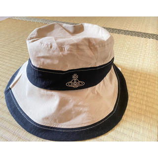 ヴィヴィアンウエストウッド(Vivienne Westwood)の新品 Vivienne Westwood  帽子 コットン 2トーンダウンハット(ハット)