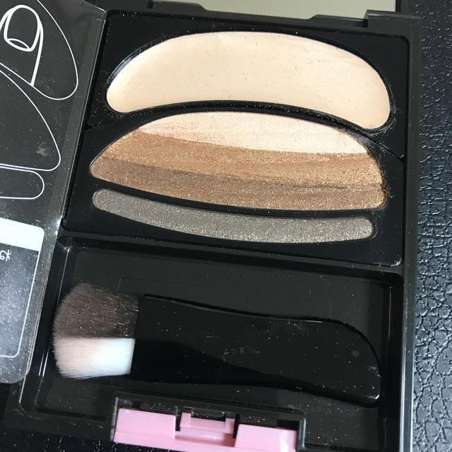 AUBE couture(オーブクチュール)のオーブ クチュール ブラシひと塗りシャドウ 564 ブラウン系 コスメ/美容のベースメイク/化粧品(アイシャドウ)の商品写真