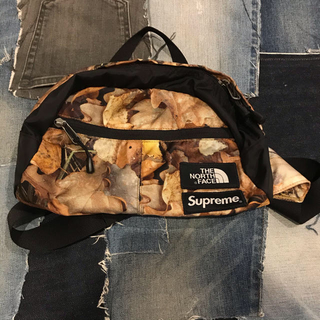 Supreme - supreme the north face waist bag
