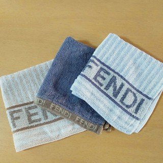 FENDI - FENDI タオルハンカチ 3枚セット