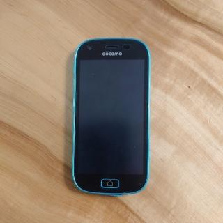 エヌティティドコモ(NTTdocomo)のスマートフォン(ドコモF-03K)ブルー (携帯電話本体)