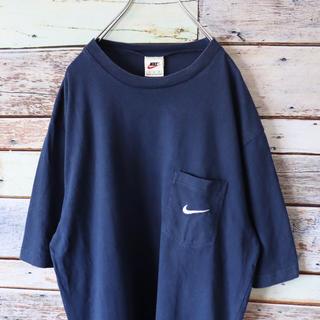 ナイキ(NIKE)のNIKE ナイキ 白タグ ポケットTシャツ 刺繍ワンポイント ネイビー(Tシャツ/カットソー(半袖/袖なし))