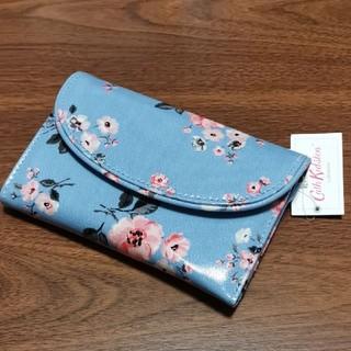 キャスキッドソン(Cath Kidston)の【新品 タグ付き】キャスキッドソン 花柄 カーブウォレット グローブバンチ 財布(財布)