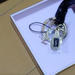 Yves Saint Laurent Beaute - イヴ・サンローラン ネックストラップ