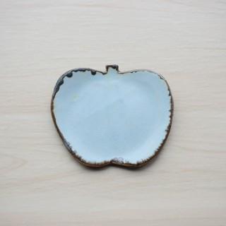 アーバンリサーチ(URBAN RESEARCH)の作家もの りんごの形の小皿(食器)