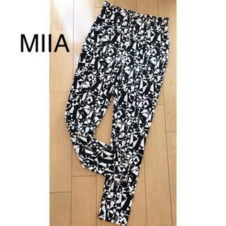 ミーア(MIIA)のMIIA(カジュアルパンツ)