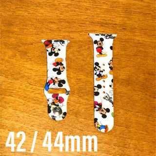 ディズニー(Disney)のApple Watch ベルト スポーツバンド 42mm 44mm ミッキー(ラバーベルト)