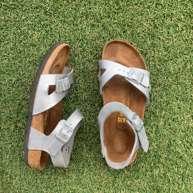 BIRKENSTOCK(ビルケンシュトック)の美品37 BIRKENSTOCK RIO ビルケンシュトック リオ E100 レディースの靴/シューズ(サンダル)の商品写真