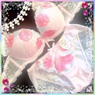 aimer feel - 薔薇 花柄 刺繍★エメフィール ラヴィジュール ピーチジョン系 新品 下着C75