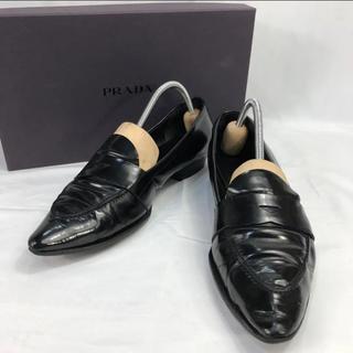 プラダ(PRADA)のプラダ ポインテッドトゥ レザー ローファー 革靴 スリッポン 約23.5cm(ローファー/革靴)