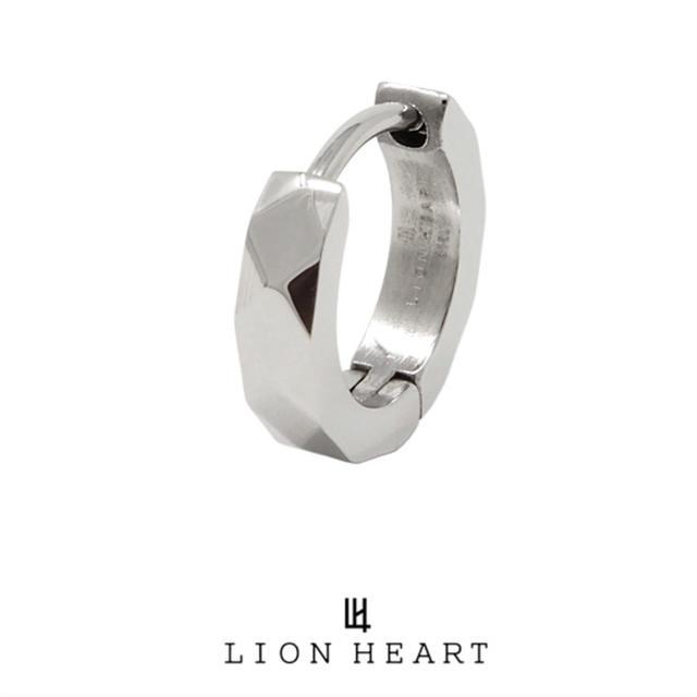 LION HEART(ライオンハート)のLION HEARライオンハートピアス2点セット メンズのアクセサリー(ピアス(片耳用))の商品写真