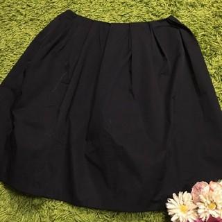 フォクシー(FOXEY)のフォクシー レディボリューミースカート黒(ひざ丈スカート)