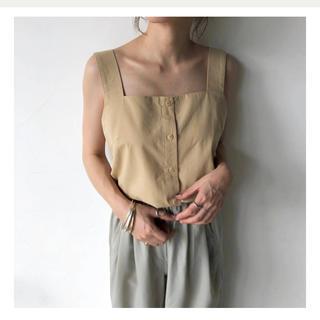 トゥデイフル(TODAYFUL)のwillfully square cotton sag belt tops(タンクトップ)