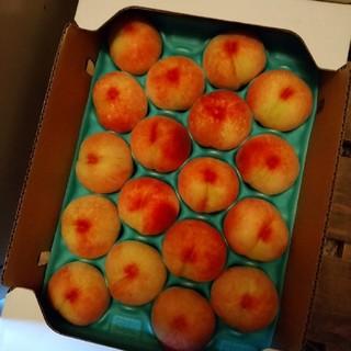 桃 果物 山梨県 5キロ 残り1ケースのみ(フルーツ)