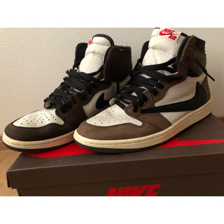NIKE - AIR JORDAN 1 TravisScott