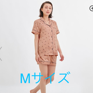 ジーユー(GU)のGU サテン パジャマ チェリー さくらんぼ(パジャマ)