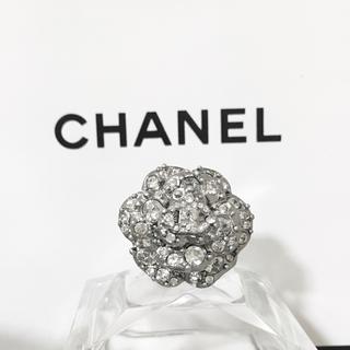 シャネル(CHANEL)の正規品 シャネル 指輪 カメリア 花 ラインストーン 銀 ココマーク 石 リング(リング(指輪))