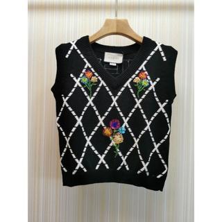 Gucci - 【20SS新作】GUCCI ウール 刺繍のベスト 花柄 ブラック