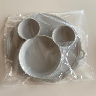 すべらない ベビープレート 離乳食 シリコン食器 未使用