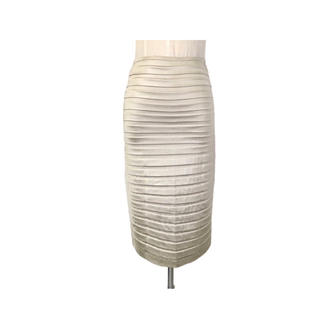 タダシショウジ(TADASHI SHOJI)のTADASHI SHOJI お上品な光沢ゴールドタイトスカート 伸縮美形フィット(ひざ丈スカート)