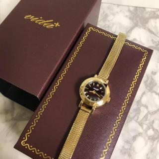 ヴィーダプラス(VIDA+)の美品★腕時計 VIDA+(ヴィーダプラス) ルドベキア ゴールド(腕時計)