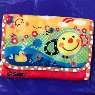 サッシー(Sassy)のサッシー 母子手帳ケース(母子手帳ケース)